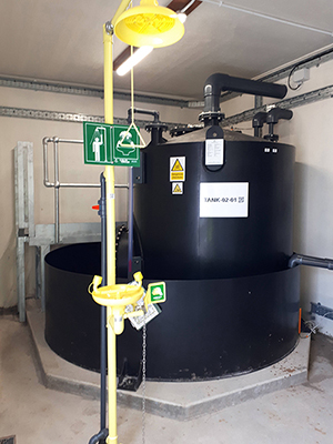 Day Tank - Chemical is transferred from each Bulk Storage tank via transfer pumps to a 2.5 m3 day tank located within the chemical dosing kiosk.